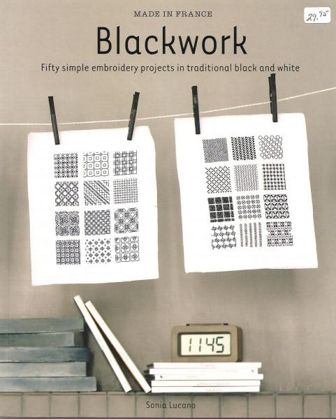 Blackwork, Fifty Simple Embroidery Projects in Traditional Black and white